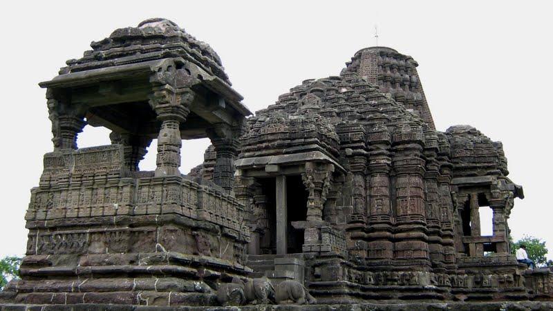 Gondeshwar Temple, Sinner